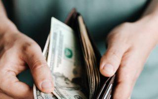 Kan de verzekering uitbetalingen terugvorderen na een ongeval?