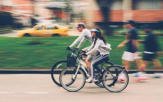 Alles over voorrang en aansprakelijkheid van fietsers